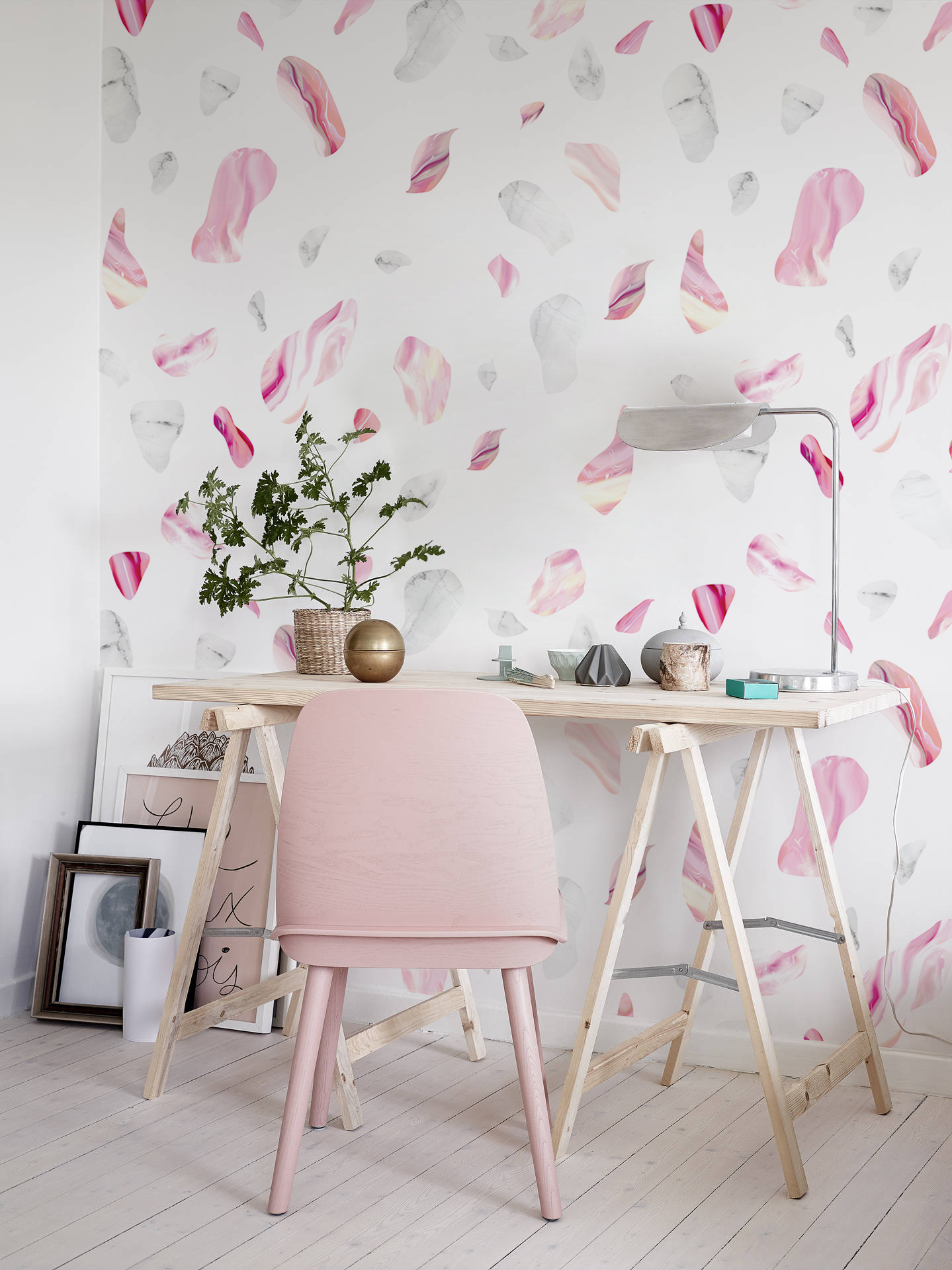 Little And Big Girls Love Classic Pink Wallpapers